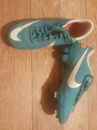 Nike Cleats MERCURIAL  33 km
