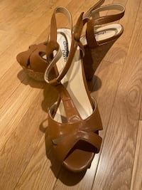 Size 8 wedged heels