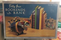 New in box book ends and coin bank. Brampton, L7A 0K9