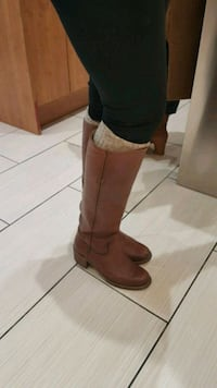 Frye boots size 6 women's  Mississauga, L5J 2Y1