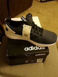 unpaired black and white adidas running shoe with box Washington, D.C.