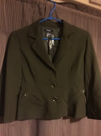 Blazer size 6. New with tags  Barrie, L4M 6Y2