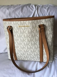 Michael Kors authentic small bag like new Los Angeles, 91335