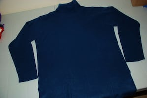 Women - L - LARGE Turtleneck, SWEATER - BLUE, soft wool***