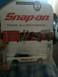 white Snap-on die-cast model pack Hamilton, L8H 4K8