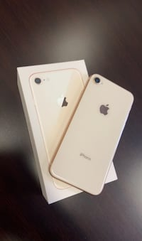 iPhone 8 like New in box Mississauga, L4Y 3X9