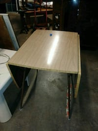 Table both ends fold down no chairs Hickory, 28602