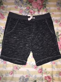 Black and gray drawstring  shorts Springfield, 22150