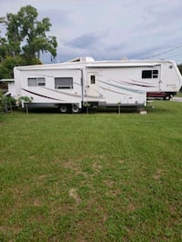 2002 Designer by Jayco 5th wheel trailer  TEMPLE TERR, 33637