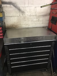 black and gray tool chest Baltimore, 21222