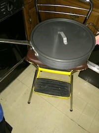 "Commercial 15"" large pan with lid excellent condit Alexandria, 22315"