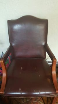 2 Leather Chairs Kansas City, 64111
