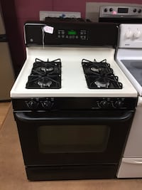 GE black and beige gas stove  Woodbridge, 22191