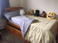 Twin bed with trundle Holtsville, 11742