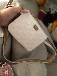 white and gray monogrammed Michael Kors leather crossbody bag Tracy, 95376