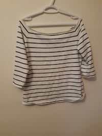H&M off the shoulder striped top (XL)  Burnaby