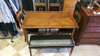 Wooden table bench and 4 chairs! Las Vegas, 89115