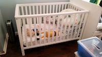 baby's white wooden crib Chester, 10918