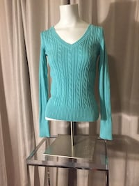 teal v-neck sweater Mauldin, 29607
