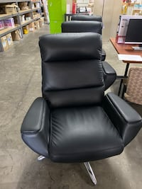 New leather chairs - 3 available  Hagerstown, 21740