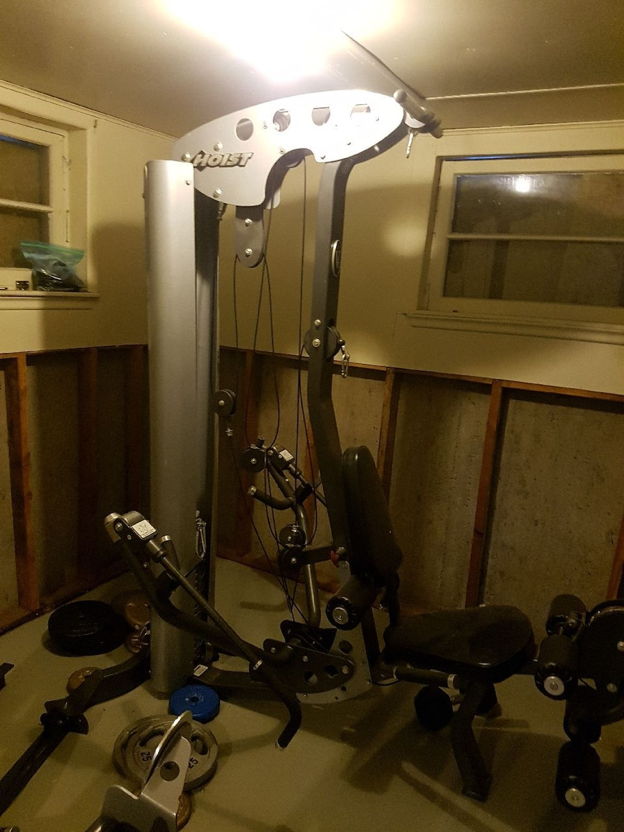 Used hoist home gym and bench for sale in calgary letgo