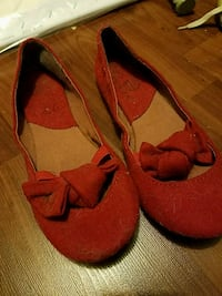 Red flats with cute bow. Size 7.5 Frederick, 21701