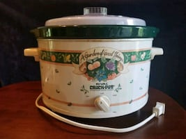 Vintage 5  Quart Rival Crock Pot
