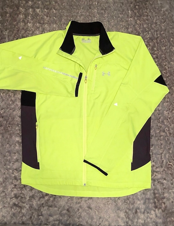 Men's Under Armor paid $78 size XL neon green all seasons windbreaker jacket. Excellent condition!