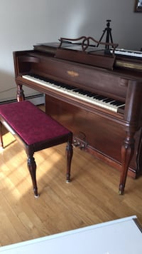 Brown wooden frame upright piano Shelton, 06484
