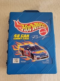 Like new, 48 hot wheel cars and case Manassas