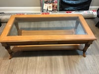 Coffee table, can stain or paint it and will look good as new  Baltimore, 21230