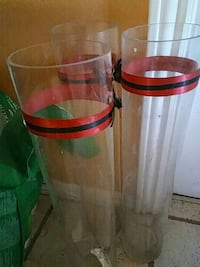 two red and green plastic containers Ventura, 93001