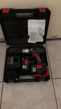 black and red cordless hand drill set Miami, 33175