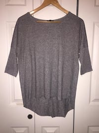 Topshop high low grey top Prince George, V2M 4A6