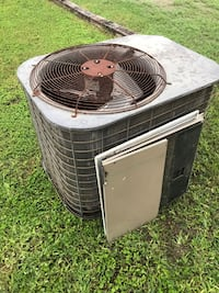 AC system with air condenser Sullivan City, 78595