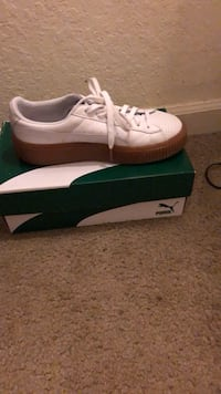 pair of white adidas low-top sneakers with box East Lake, 33610