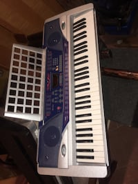 Black and white electronic keyboard Oakville, L6M