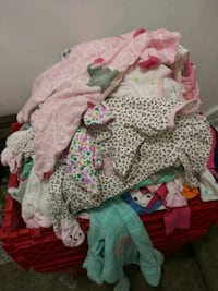 Tons of baby Girl Pajamas. Sizes New Born to 6-9 Months. 5 pcs for $10