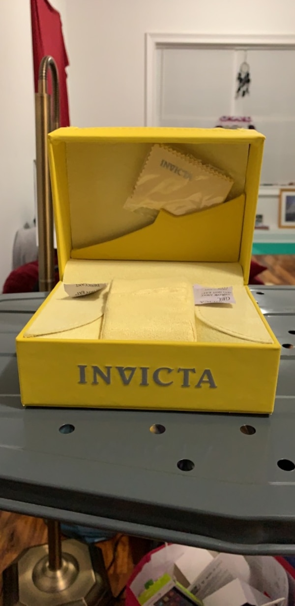 (BRAND NEW) Invicta Yellow Watch Box Authentic Watch Gift Box with Outer Shell Case