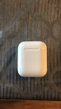 Apple AirPods case Vaughan, L4H 3P6