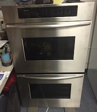Dual oven, thermador. Stainless steal