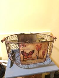 Chicken wire basket with Butterflies