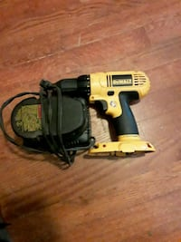 Dewalt drill 18 v Falls Church, 22042