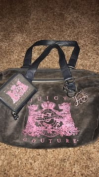 Black and pink juicy couture hand bag