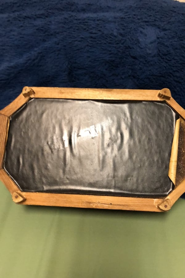 "Vintage jewelry or trinket boxWith soft leather top. 10"" x 6"" 1fa2947d-b664-4cb5-a707-50f0afa0965a"