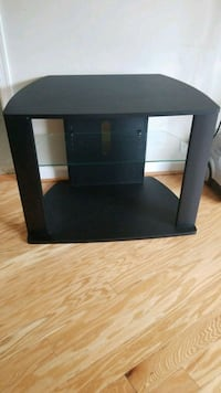 Entertainment center- TV stand  Arlington, 22201