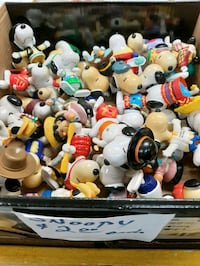 Snoopy Charlie Brown toys collectibles $2 each