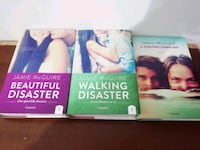 "Tre libri della saga "" a beautiful disaster"""
