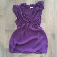 purple scoop-neck summer top  Richmond, V6Y