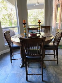 Wood dining SET/ w 5 wood&leatherchairs comes w lazy Susan/table mats
